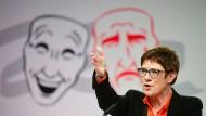 Annegret Kramp-Karrenbauer bei ihrem Auftritt im Rahmen des Politischen Aschermittwoch in Demmin