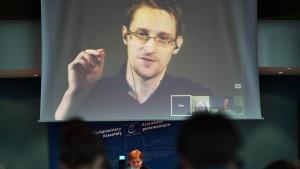 """Snowden als """"Geschenk"""" Russlands an Trump?"""