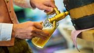 186 Millionen Liter und damit 4,9 Prozent mehr Alkohol als im Vorjahr sind 2018 in Deutschland versteuert worden.