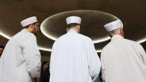 Kabinett beschließt Deutschpflicht für Imame