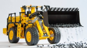Gilt als größtes Einzelteil, das Lego je verbaut hat: die schwarze Schaufel