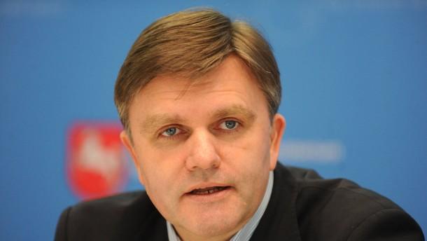 CDU-Minister will Meinungsfreiheit von Salafisten einschränken
