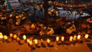 34 Tote nach Bootsfeuer befürchtet