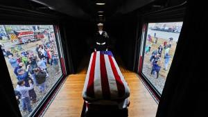 Bush in Texas mit militärischen Ehren beigesetzt