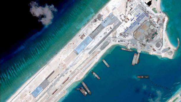 China will Riffe schützen, keine Landebahnen bauen