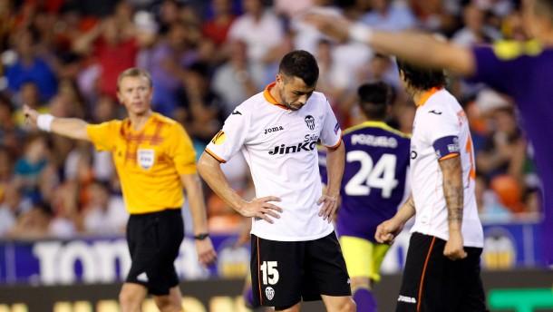 Sieg für Marin mit Sevilla - Swansea überrascht