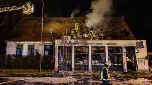 Geldautomat gesprengt – und Wohnhaus zerstört