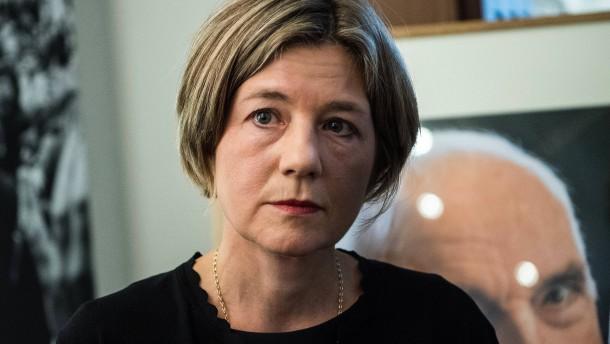 Teilerfolg für Kohl-Witwe im Streit mit Ghostwriter