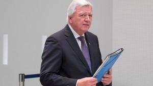 Bouffier verteidigt späte Information über Verdacht gegen Temme