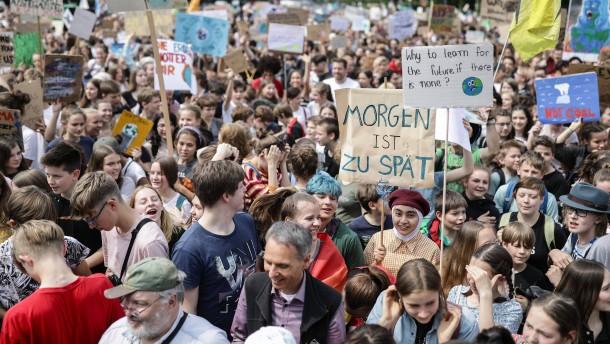 Tausende Schüler streiken fürs Klima