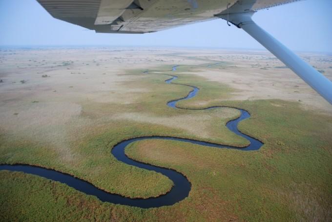 The Okavango extends over a length of 1700 kilometers