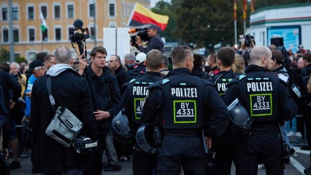 Zweitligaspiel wegen geplanter Proteste in Chemnitz abgesagt
