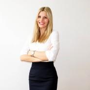 Sabrina Haase hat Sportwissenschaften und Psychologie studiert und arbeitet seit vielen Jahren als Mental Coach und Autorin. Sie berät Unternehmen ebenso wie Privatpersonen.