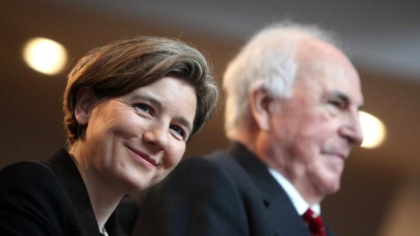 Helmut Kohl darf Tonbänder behalten