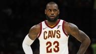 Wie lange spielt James LeBron noch bei den Cleveland Cavaliers?
