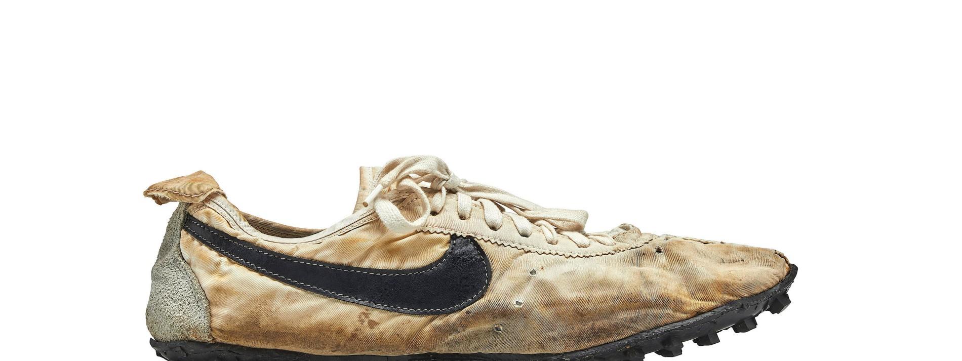 Nike Turnschuhe für Rekordpreis versteigert