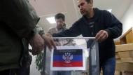 2014 hatte es in der Ostukraine ein Referendum gegeben, das aber international nicht anerkannt wurde.