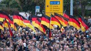 Deutsche Wähler zunehmend populistisch eingestellt