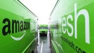 Grüne Gefahr: Amazon könnte mit seinem Lebensmittel-Lieferdienst auch den deutschen Markt aufmischen.