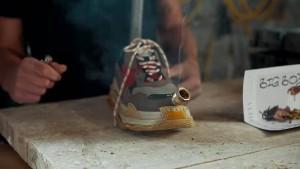 """""""Ist das eine Schuh-Bong?"""" """"Ja, natürlich"""""""