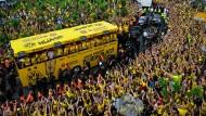 BVB lässt sich von den Fans feiern