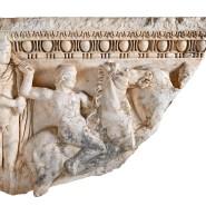 Das Relieffragment eines römischen Sarkophags stand bei einer New Yorker Galerie zum Verkauf.