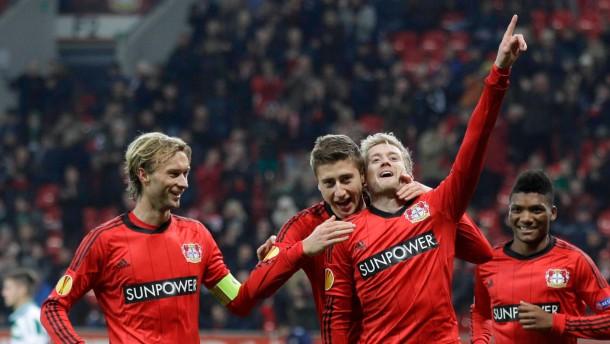 Leverkusen überwintert international
