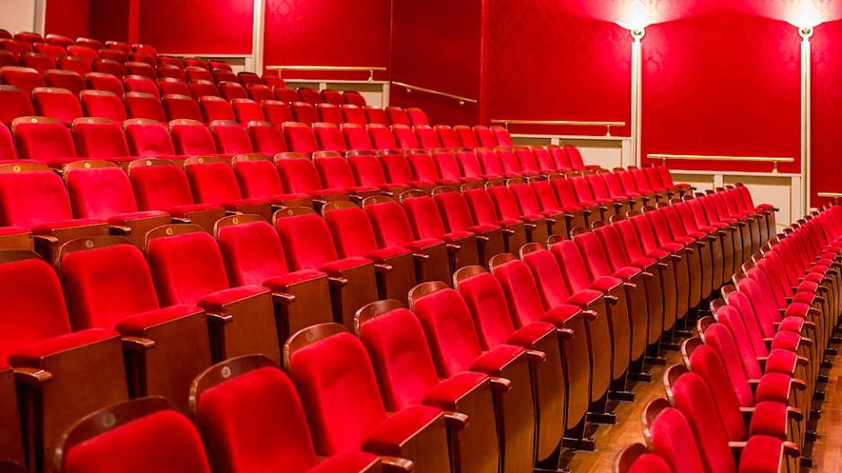 Kulturelle Leere: Zuschauerraum der Frankfurter Komödie