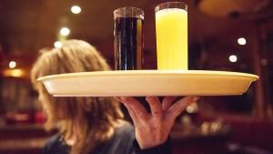 Müssen amerikanische Kellner bald aufs Trinkgeld verzichten?