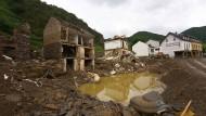 Massive Zerstörung: Häuser im rheinland-pfälzischen8 Mayschoß