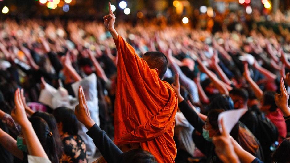 Protestwelle in Thailand reißt nicht ab