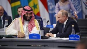 Putins brüderlicher Handschlag mit dem Prinzen