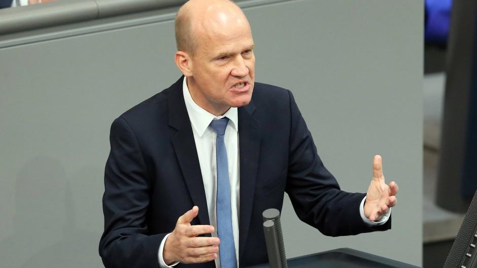 Ralph Brinkhaus will an Spitze der Unionsfraktion.