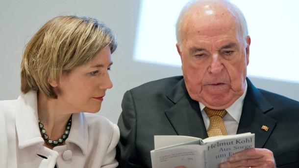 """Kohl nennt seinen Biografen """"verrückt"""""""
