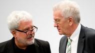 Verlässlich und aktenkundig: Dtaatskanzleichef Klaus-Peter Murawski mit Winfried Kretschmann