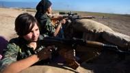 Gegen die Vorherrschaft des Mannes: Kämpferinnen der kurdischen Volksverteidigungseinheiten in Syrien