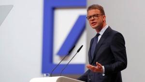 """Deutsche Bank baut auch im Inland """"substantielle Zahl an Stellen"""" ab"""
