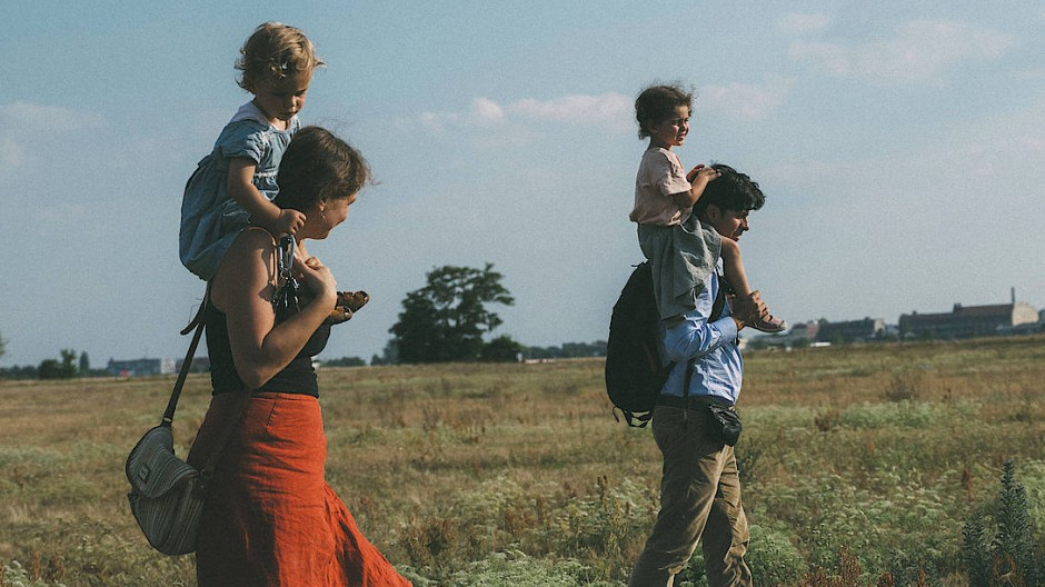 Liebe, die keine Grenzen kennt: Die Deutsche Elena und der Kolumbianer Pedro mit ihren beiden Kindern.