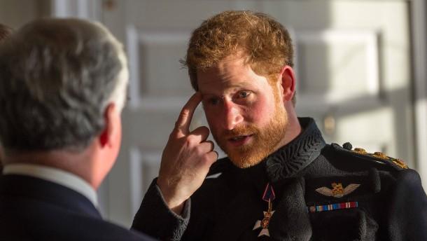 """Prinz Harry wollte """"raus aus der königlichen Familie"""""""