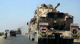 Türkischer Militärkonvoi aus der Luft angegriffen
