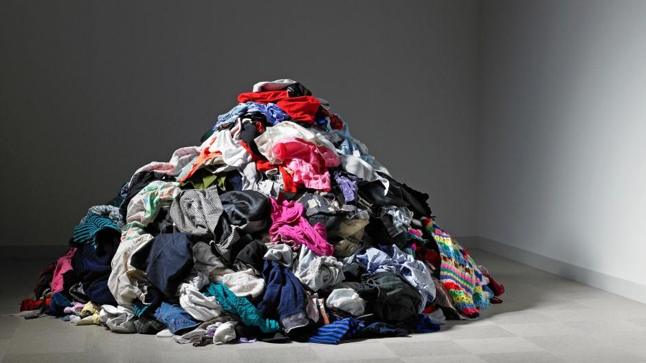 60 neue Kleidungsstücke kaufen wir im Schnitt jedes Jahr, jedes fünfte ziehen wir aber gar nicht an.