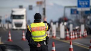 Migranten suchen neue Routen nach Deutschland