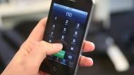 Ein Softwarefehler hat das Telefonnetz in Hessen massiv gestört. Auch der Notruf war nicht zu erreichen.