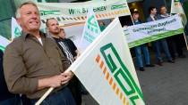 Mitglieder der Gewerkschaft Deutscher Lokomotivführer (GDL) vergangene Woche bei einer Protestveranstaltung in Fulda
