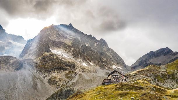 Begrenzte Plätze in den Bergen