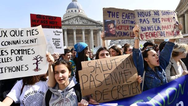 """Paris und Köln rufen """"Klimanotstand"""" aus"""