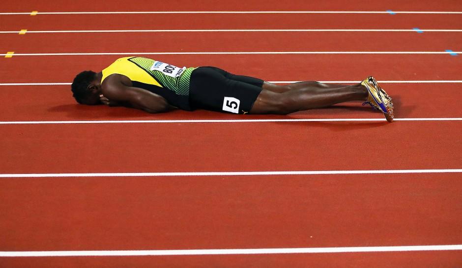 An Tragik kaum zu überbieten: Statt eines Sieges stürzt der Jamaikaner bei seinem letzten Rennen.