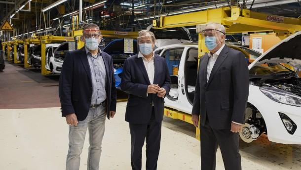Laschet pocht auf Konjunkturprogramm für die Autobranche