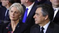 Der Skandal um die Scheinbeschäftigung seiner Frau Penelope belastete die Präsidentschaftskandidatur von François Fillon.