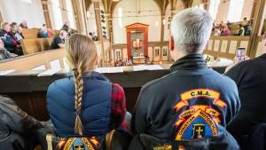 Studie sieht dramatischen Mitgliederverlust in beiden Kirchen
